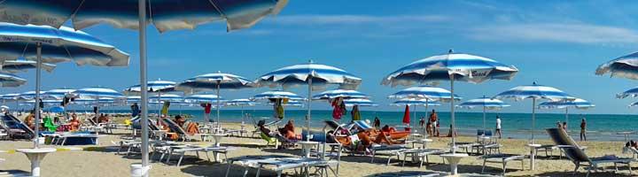 Strand paviljoen Miami Beach Martinsicuro