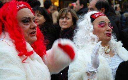 Carnaval in Italië, een totaal andere beleving dan wat je gewend bent. Verblijf bij agriturismo Villa Bussola in een B&B kamer of in een vakantie appartment of zelfs in je eigen tent op de minicamping en beleef de betoverende sfeer van de eeuwenoude tradities van Le Marche, in midden Italië.
